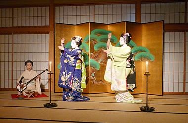 祇園の舞妓さんの京舞